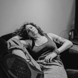 Lowen_Photo By Carol Simpson (@HeyIm_Carol)-4